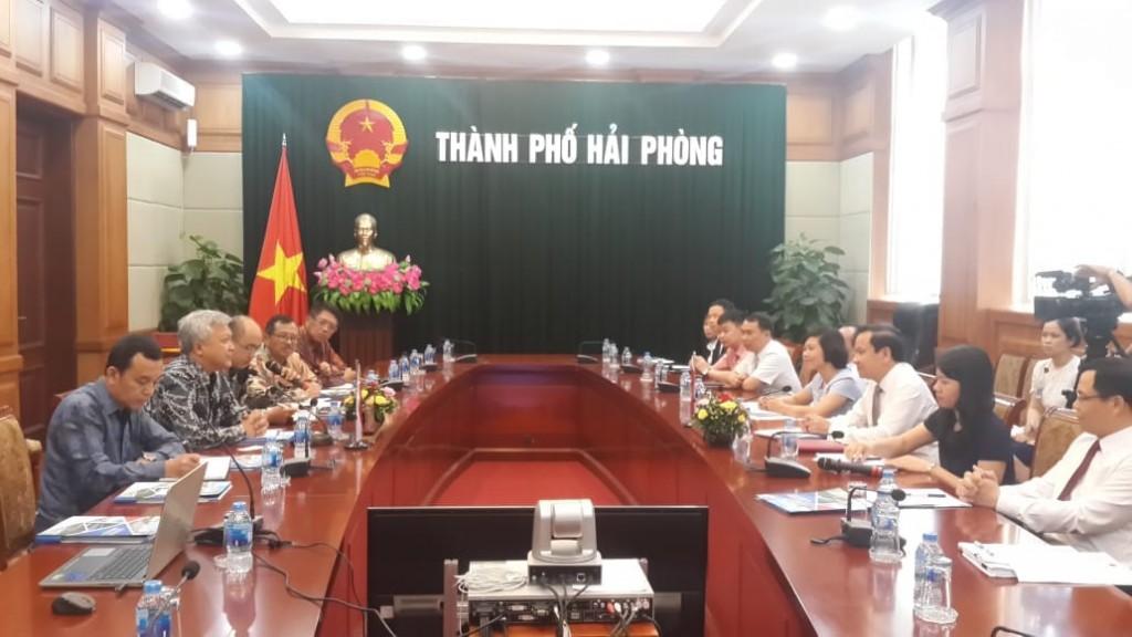 Kunjungan ke Hai Phong