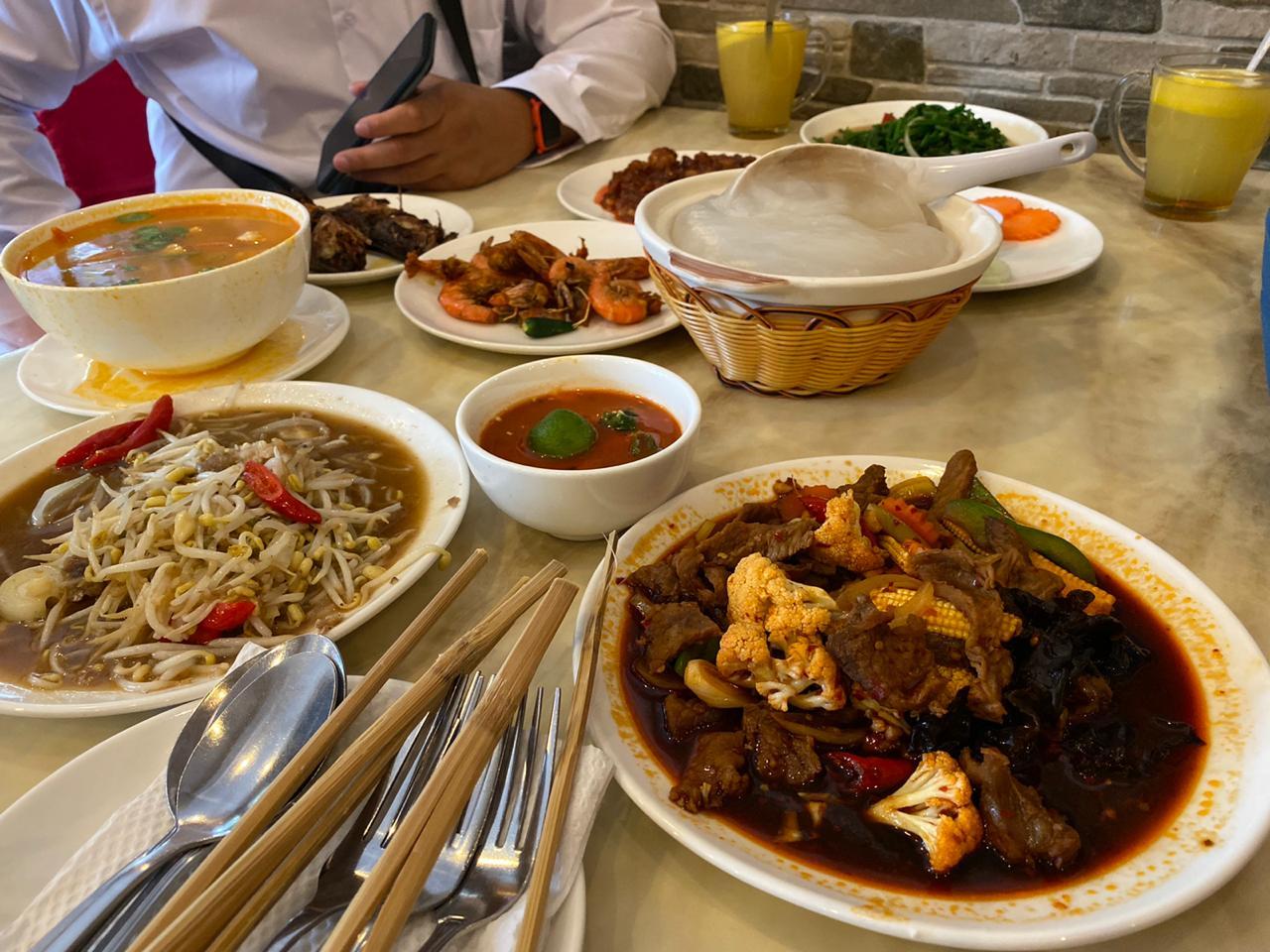 Makanan khas negara Brunei Darussalam, Ambuyat